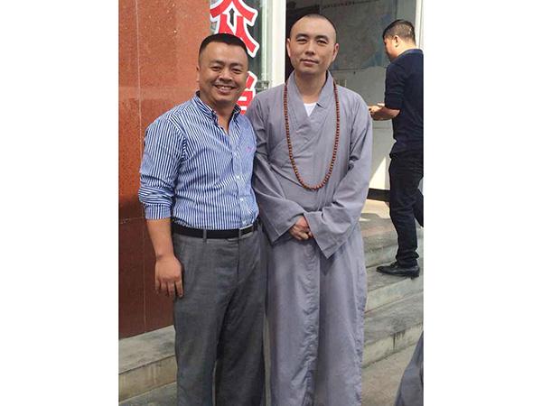 上饶县佛教协会一行参观香运来公司